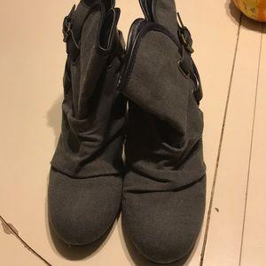 Aldo gray boots